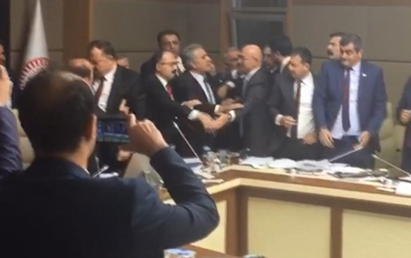 Meclis Sağlık Komisyonu'nda tartışma çıktı