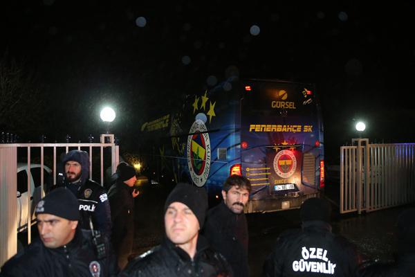 Fenerbahçe'ye Samandıra'da şok protesto! - Sayfa 4
