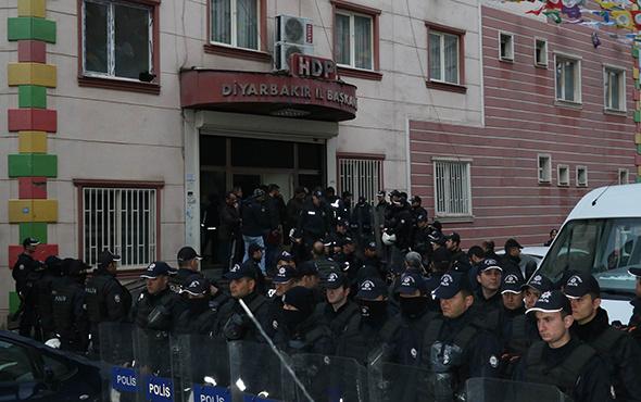 HDP'ye operasyon: Çok sayıda gözaltı var!