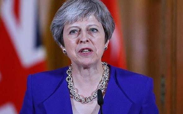 İngiltere Başbakanı Theresa May görevden mi alınıyor? Kritik saatler