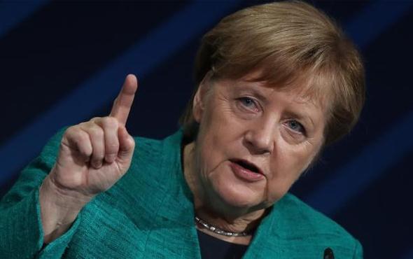 Almanya Başbakanı Merkel: Kendi imamlarımızı yetiştirmeliyiz