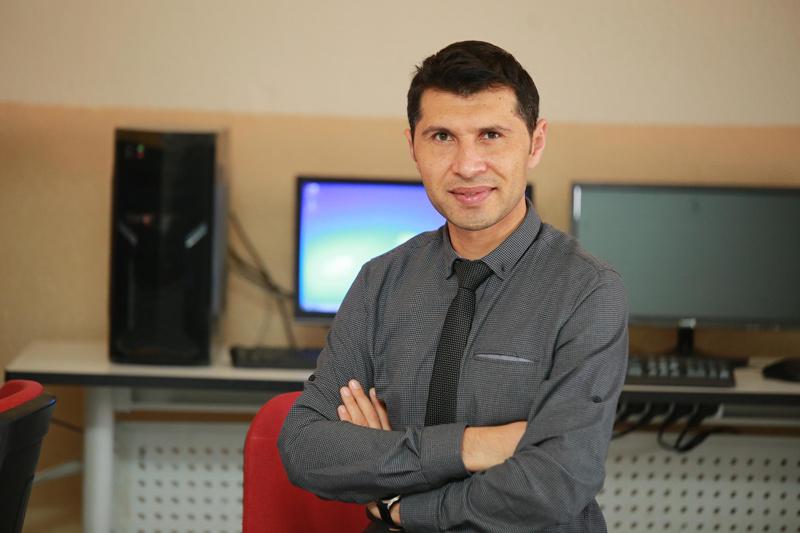İzmir'deki okul müdürü dünyanın en iyi 50 öğretmeni arasında