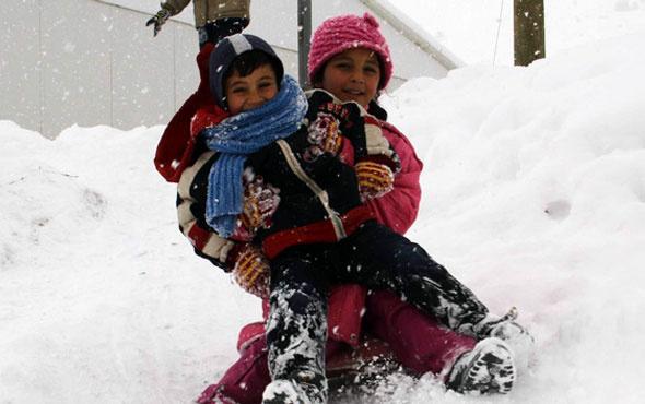 Edirne'de okullar bugün tatil mi 19 Aralık kar tatili açıklaması