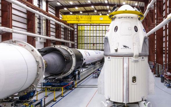 SpaceX'in fırlatılması beklenen uzay aracından yeni görüntüler geldi