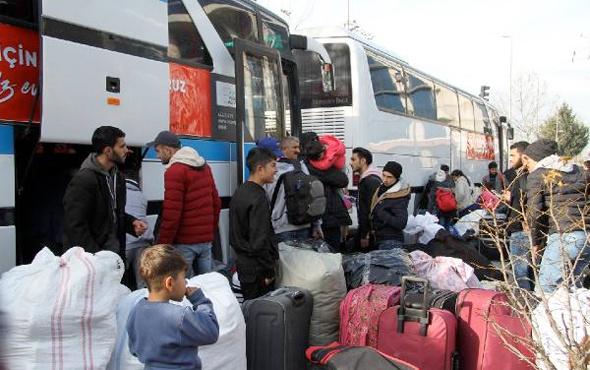Esenyurt'taki Suriyeliler ülkelerine doğru çıktı