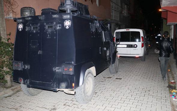 Adana'da torbacılara şafak operasyonu! Çok sayıda kişi gözaltında