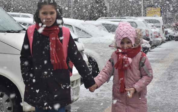 Düzce'de okullar tatil mi valilik 26 Aralık tatil olan okullar listesi
