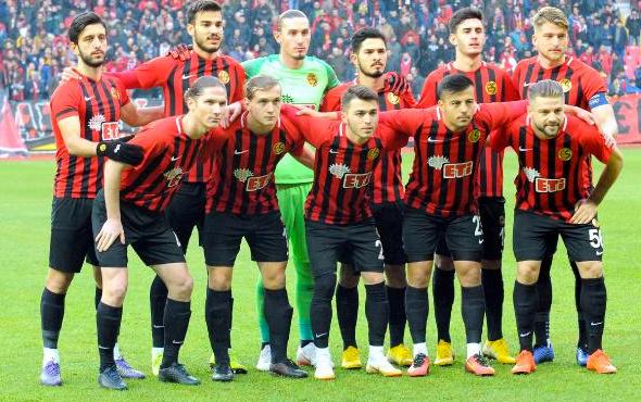Eskişehirspor Başkanı Ünal: Bu çocuklar asgari ücretle oynuyor