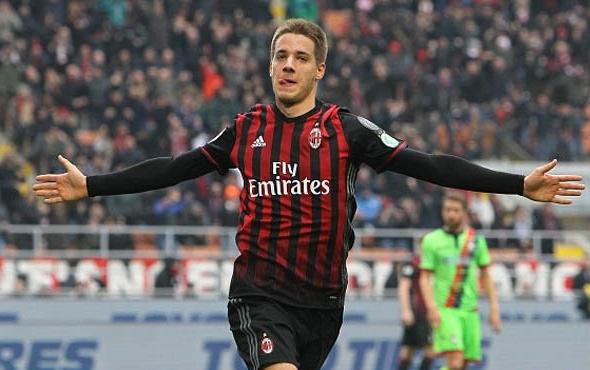 Fenerbahçe aradığı 10 numarayı İtalya'da buldu