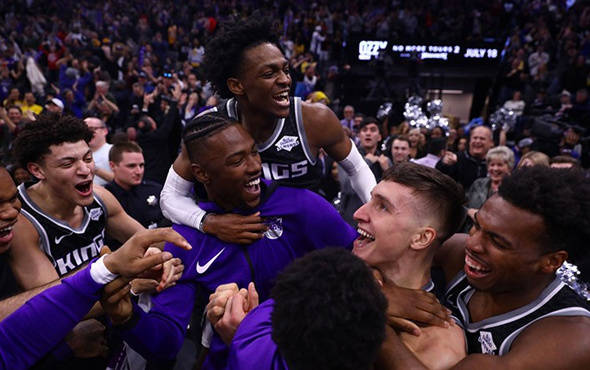 Los Angeles Lakers'ı Bogdan Bogdanovic yıktı