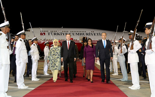 Cumhurbaşkanı Erdoğan Venezuela'ya geldi