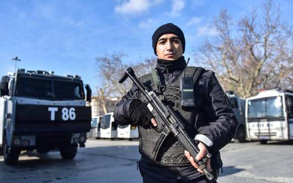 Taksim'de yılbaşı önlemleri! Bir ilk yaşanıyor