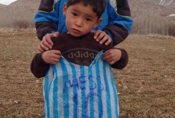 Taliban küçük Messi'nin peşine düştü Aile kaçtı