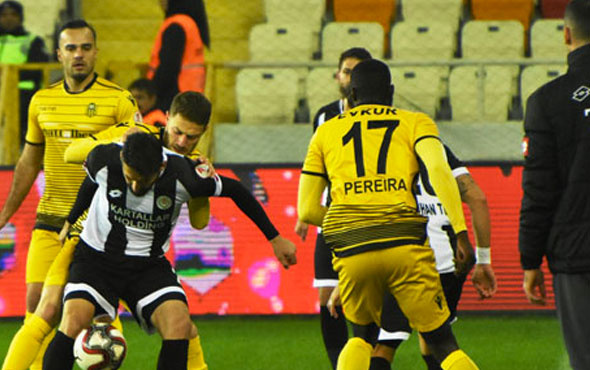 BB Erzurumspor-Yeni Malatyaspor maçının ilk 11'leri