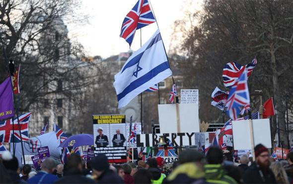 İngiltere onbinler Brexit için sokağa çıktı