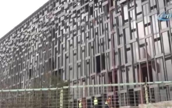 Taksim'deki Atatürk Kültür Merkezi'ne ilk kazma vuruldu