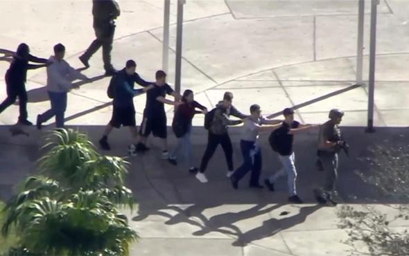 ABD'de bir liseye silahlı saldırı! Çok sayıda ölü ve yaralı var