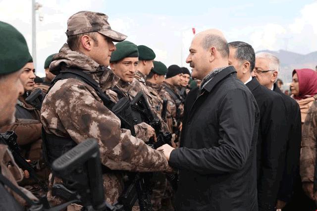 İçişleri Bakanı Süleyman Soylu, Özel Birliklerle buluştu