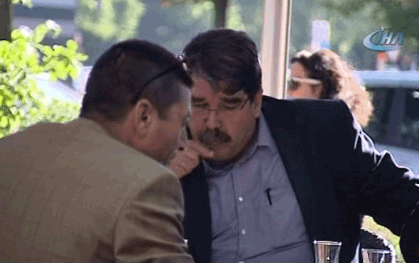 PYD elebaşı Salih Müslim Prag'da yakalandı