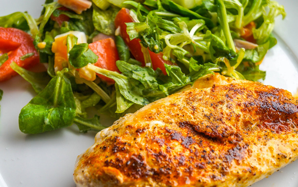 B vitamini zengini tavuk eti!