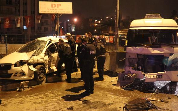 Otomobil park halindeki minibüslere çarptı 2 ölü