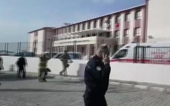 İzmir'de bir okulun kazan dairesinde patlama