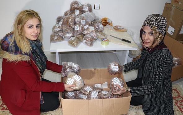 Cephedeki Mehmetçik'e yöresel yiyecek gönderdiler
