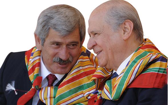 Şefkat Çetin, Devlet Bahçeli'yi topa tuttu!