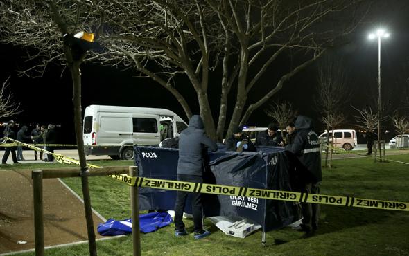 Zeytinburnu'nda elleri arkadan bağlı ağaca asılı ceset bulundu