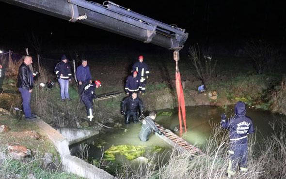 Gece yarısı feci kaza! Araç su birikintisine devrildi çok sayıda ölü var