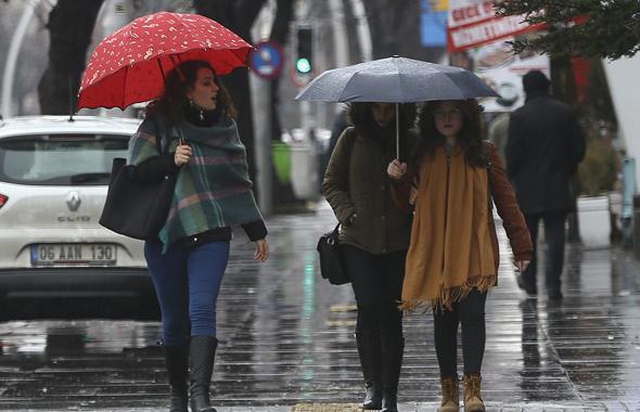 Meteoroloji'den İstanbul için gece yarısı uyarısı!