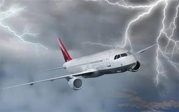 Kars uçağı rüzgar nedeniyle Erzurum'a indi