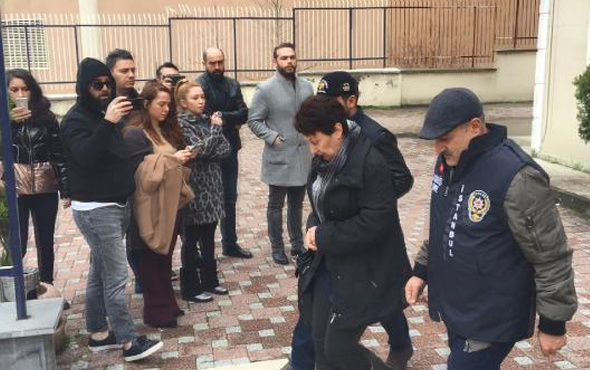 Şarkıcı Ece Seçkin'in annesinin gaspçı dehşeti! Şüphelileri böyle izledi