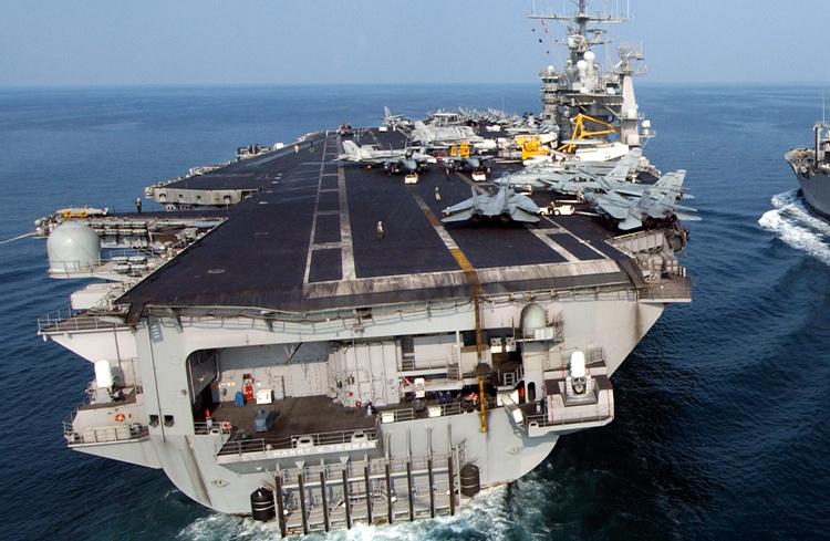 ABD uçak gemisine bakın! Amerika Suriye savaşı için bunu yolladı - Sayfa 3