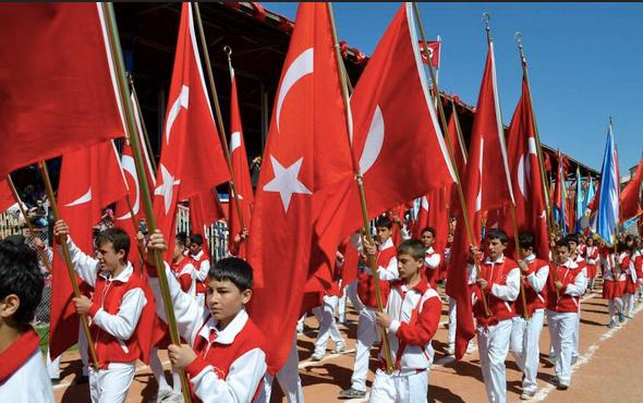24 Nisan tatil mi liselere ortaokullara 24 Nisan tatil açıklaması-MEB