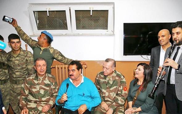 Erdoğan ve Akar'la selfie çeken asker güldürdü!