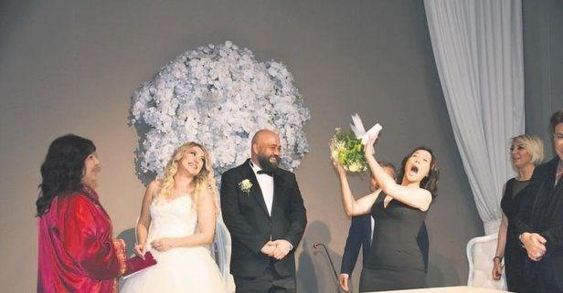 Hülya Avşar'dan şaşırtan sözler: Evlenmem aşkımı yaşarım - Sayfa 4