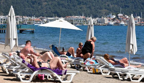 Sıcaklar arttı Ruslar Türkiye'ye akın etti!