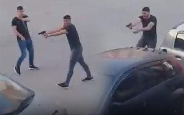 Sokak ortasında dehşete düşüren çatışma!