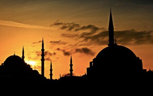 Arefe günü memurlar yarım gün mü -idari iznli mi?