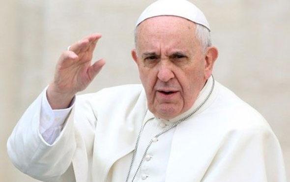 Papa'dan İslamiyet'le ilgili bomba sözler! 'Yalan ve saçmalık..'