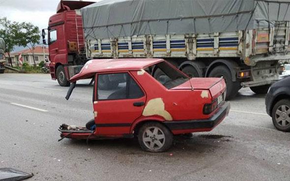 İkiye bölünün otomobilin içinden burnu bile kanamadan çıktı