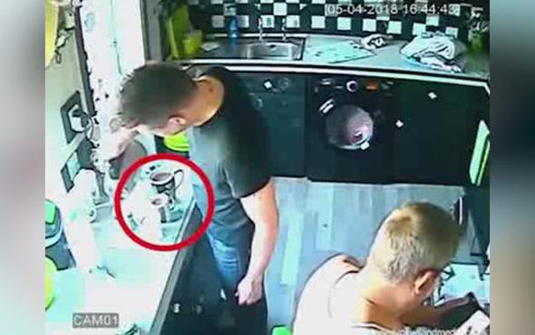 Korkunç olay gizli kamerayla böyle kaydedildi!