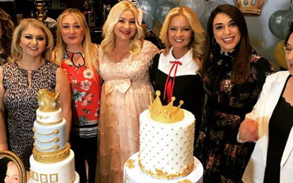 Zahide Yetiş 'anne' olmak için gün sayıyor! Bebeği için parti yaptı