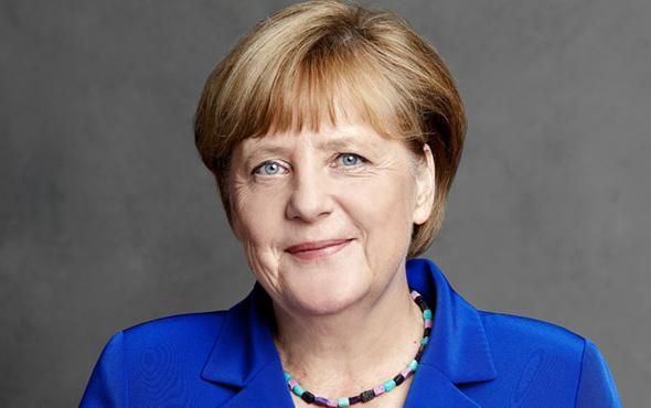 Merkel Trump'ı terketti! İran ile nükleer anlaşmasına...