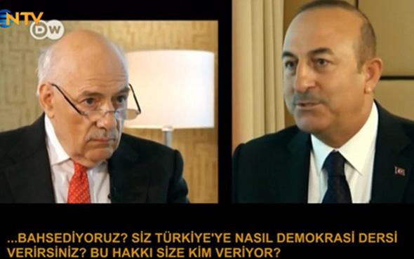 Çavuşoğlu'ndan İngiliz gazeteciye ders gibi sözler!