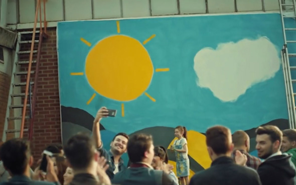 İyi parti seçim şarkısı 'Yüzünü Güneşe Dön'
