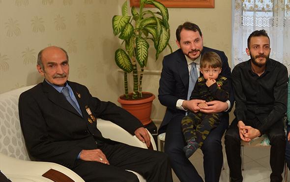Berat Albayrak'tan şehit ailesine ziyaret