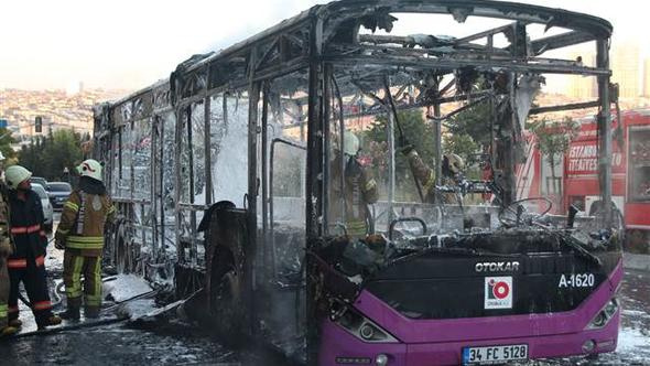 İstanbul'da faciadan dönüldü! Halk otobüsünün içinden çıkan şeye bak - Sayfa 1