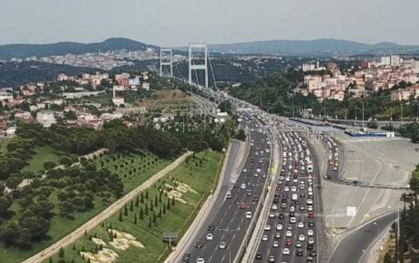 İstanbullular dikkat! Bayramın ilk günü trafik yoğunluğu